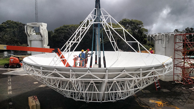 Installing the crane rigging for the reflector (10/1/2015)