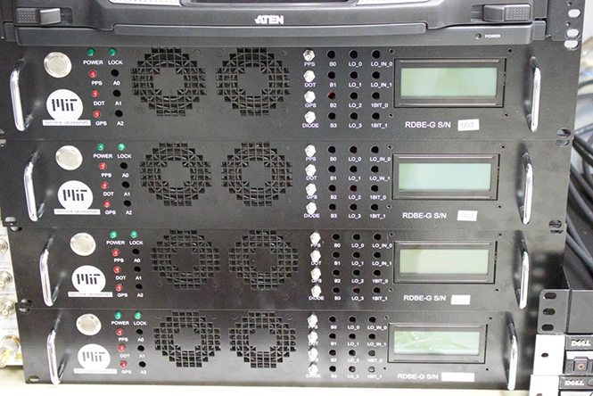 Detail of the four digitizers (a.k.a. RBDE-G), which sample and quantize the down-converted broadband analog signals into 8 digital streams (2 polarizations each) recorded by the Mark 6 recorder.
